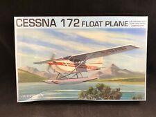 Modelcraft Cessna 172 Float Plane 1:48 Scale Plastic Model Kit 48004 New in Box