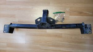 2002 Toyota Sienna Factory Towing Hitch Receiver with bolts