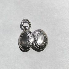 e069 Vintage Sterling Silver Oval Locket Charm Pendant