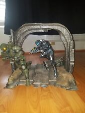 Halo 5 Guardians Collector's Master Chief Spartan Locke figure