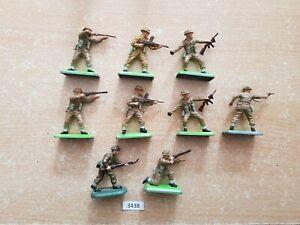 Britains Deetail WW2 British Infantry 9 figures (lot 3438)