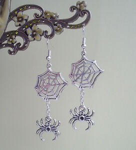 Creepy Dangly Spider and Web Drop Earrings - Gothic Kitsch Halloween