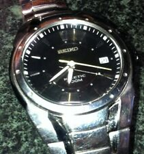 SEIKO KINETIC WATCH 5M62-0AR0 10BAR DATE BLACK FACE  ORIGINAL SS DEPLOYANT BAND