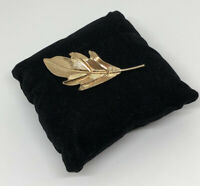 1980s Vintage Brooch Gold Tone Leaf Design Pretty Autumnal Costume Jewellery