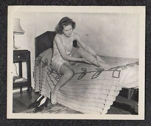 LQQK 5x4 vintage 1940s original, LOVELY UPSLIP MODEL POSED ON BED #39