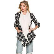 2016 NWOT WOMENS VOLCOM RUNNIN HOT THROW $69 S black navy cotton flannel print