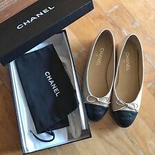 Chanel Classic Flats (nude w/ black captoe) - size 39