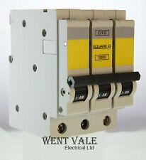 Square D QoE Reja de desminado 16 amp interruptor de un polo qwikline tipo B 16A QO116EB6 B16