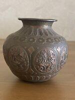 ANTIQUE 16TH-17TH CENTURY ISLAMIC PERSIAN DETAILED BRONZE / BRASS VASE POT