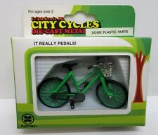 Zylmex - City Cycles H382 - Huffy Tradewind Bicycle       1:20 Diecast / Plastic