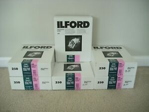 ILFord 8x10 Glossy MGIV Multigrade IV RC Deluxe 250 sheets Black & White