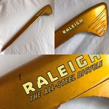 Vintage Raleigh hockey stick type chain guard Gold New old stock RCA 115