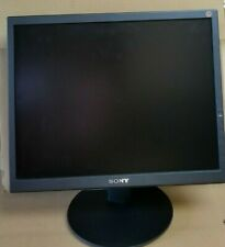 "SONY SDM - S204 20"" LCD MONITOR WITH STAND AND POWER CABLE WORKS GREAT"