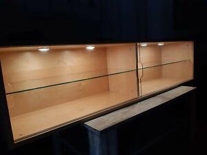 Hängevitrine/Regal aus Birke/Glas (Ikea GALANT) mit Beleuchtung