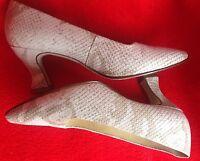 NINE WEST Sz 5.5 Genuine Leather Pumps Snake Embosed Beige womens shoes EUC