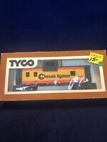VINTAGE TYCO HO SCALE CHESSIE SYSTEM CABOOSE 328V TRAIN CAR W/ ORIGINAL BOX