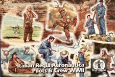 Waterloo 1815 1/72 Italian Regia Aeronautica Pilots and Ground Grew (WWII) # AP0