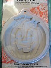 "Wilton Large 5"" Pumpkin Ovenproof Cookie Mold Stoneware Jack O Lantern Halloween"