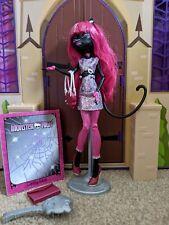 Monster High-Catty Noir doll- good condition