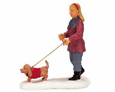 New Lemax Figurines Strolling With Pooch 22568   Polyresin New 2016