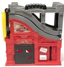 Fisher-Price Disney Cars 2 Talking Pit Stop Garage Ramp X0914 Folding w/ Handle