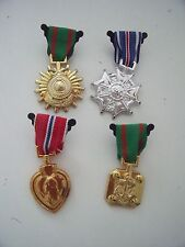MILITARY MUSCLE MEN WAR MEDALS  - silver & gold set