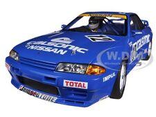 NISSAN SKYLINE W/FIGURE GT-R (R32) GROUP A 1990 CALSONIC #12 1/18 AUTOART 89080