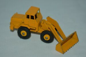 Matchbox Lesney #69 Tractor Shovel Yellow Made In England