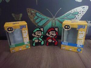 2 Pixel Pals Light Up Mario and Luigi