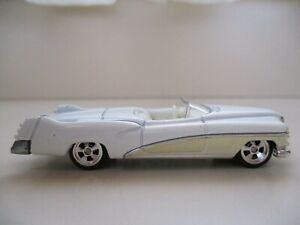 HOT WHEELS - LARRY'S GARAGE CHASE 1951 '51 BUICK LESABRE CONCEPT (REAL RIDERS)