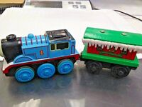 Thomas & Friends 2002 Limited Thomas and Winter Caboose used Working