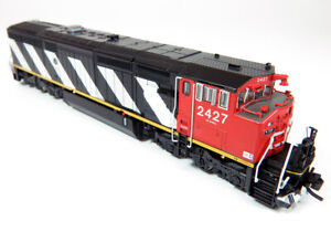 Rapido Trains Inc. N GE C40-8M Dash 8-40CM Canadian National CN #2427 DC LED