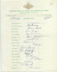 1961 AUSTRALIAN CRICKET TEAM SHEET ~ 19 HAND SIGNED AUTOGRAPHS GOOD CONDITION