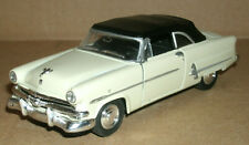 1/39 Scale 1953 Ford Crestline Sunliner Soft Top Diecast Model Welly 42331 Beige