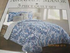 "Avondale manor 5 pc full/queen quilt set, blue paisley; Dominica; 88"" x 88"""
