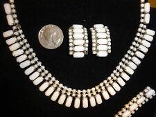 Vintage White Milk Glass Necklace, Bracelet & Clip On Earrings Set