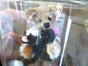 World of Miniature Bears BEST FRIENDS #985– LE2000 - Mohair - Mint In Case w/COA