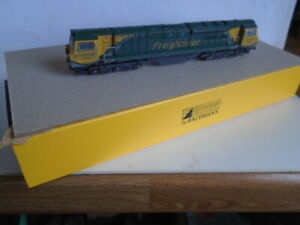 FARISH/BACHMANN CASS 70006 freightliner,DCC READY 6 PIN   WEATHERED,rewored