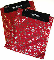 Festive Red Snowflake Christmas Table Runner - 150 cm x 33 cm