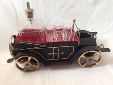 VINTAGE ANTIQUE CAR MUSIC BOX GIN DECANTER AND 6 SHOT GLASSES JAPAN