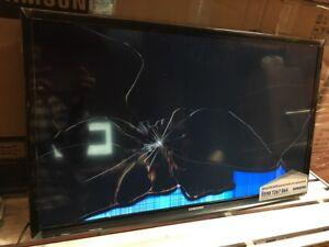 """Samsung UE28J4100AK 28"""" TV BROKEN SCREEN SPARES REPAIR FAULTY 159,160,161,162"""