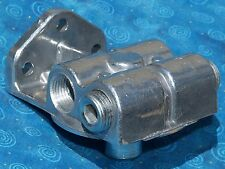1 NEW NAPA 4770 / WIX 24770 fuel filter remote mounting base CAT 1R-0750 1R-0749