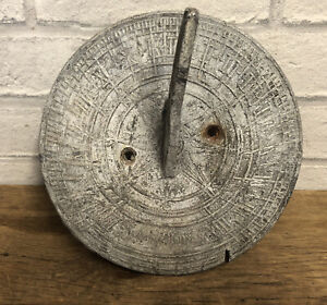 VINTAGE / ANTIQUE SUNDIAL MADE FROM LEAD