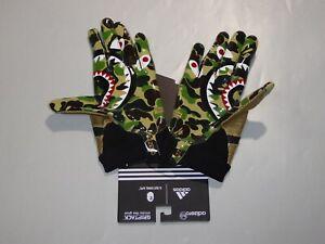 19885 adidas x bape football glove bape M