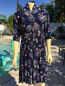 Vintage 1940s  Navy Rayon Floral Flower Novelty Print Dress Med