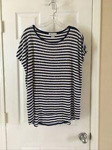 Liz Claiborne Women's Size medium Blue White-striped Short sleeve Embellish Top!