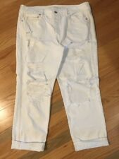 Women's American Eagle White Distressed Destroyed Tomgirl Jeans Pants 14 Short
