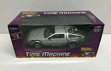 Back to the Future Delorean Time Machine 1:24 scale diecast by Welly ** NEW **
