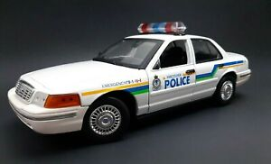 Ford Crown Victoria Vancouver Police Cruiser Motor Max 1:18 Scale