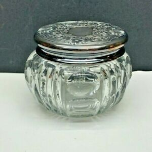 Vintage Heisey Caitlin Rose #5 Puff Box with Lid-circa 1897-1910